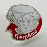 Металлический значок Gem4me. Полноцветная покраска. Глянцевый лак. Полированный нейзильбер.